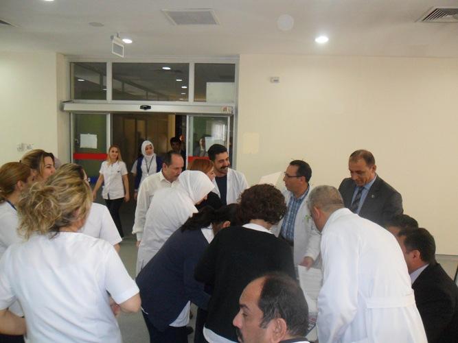 Döner Sermaye ve Ek Ödemelerinin emekliliğe yansıtılması ile Yıpranma payı (Fiili Hizmet Zammı) verilmesi için, başlattığımız imza kampanyamızın yeni durağı Çocuk Hastanesi oldu.