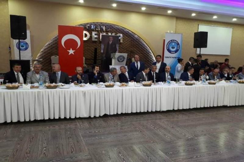 """Genel Başkanımız Önder Kahveci, """"Türkiye Kamu-Sen Teşkilat Buluşmaları"""" çerçevesinde Afyon ve Konya'da düzenlenen iftar programlarına katılarak teşkilat yöneticilerimiz ve üyelerimizle bir araya geldi."""