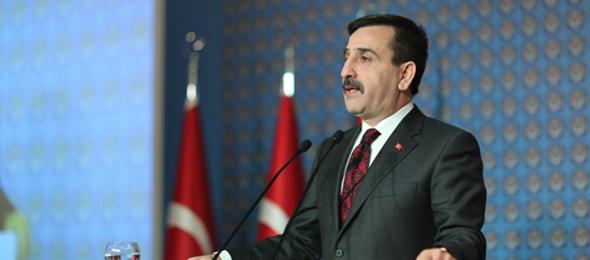 Türkiye Kamu-Sen Genel Başkanı Önder Kahveci, Memur-Sen Genel Başkanının yaptığı, konfederasyonumuzu da itham eden sözlerine cevap verdi.
