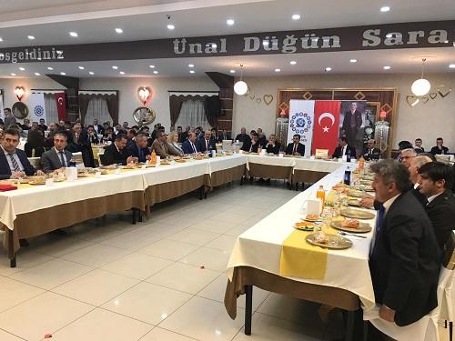 Türkiye Kamu-Sen'in Türkiye genelinde gerçekleştirdiği istişare toplantılarına Kastamonu ile devam etti.
