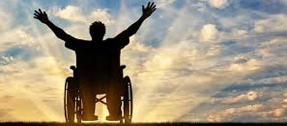 Bugün 3 Aralık Dünya Engelliler Günü. Toplumsal yaşamında işlerini kolaylaştırmak, çalışma hayatına ve sosyal yaşama onları adapte etmek hem devletimizin görevi hem de vatandaşlarımızın önemli bir sorumluluğudur.