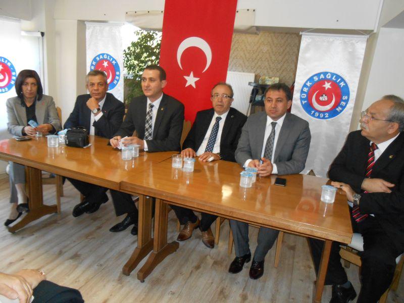 Genel Başkan Yardımcılarımız Mustafa Genç, Abdurrahman Uysal ve Ümit Turhan Eskişehir şubemiz tarafından gerçekleştirilen işyeri temsilcileri toplantısına katıldılar.