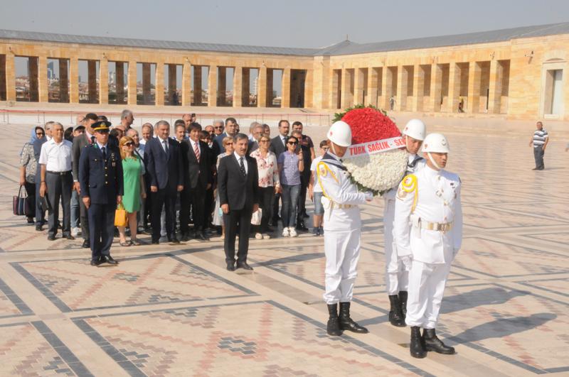 Kardeş Sendikamız Azerbaycan Sıhhiye İşçileri Sendikası Genel merkez Yöneticileri ve Şube Başkanları sendikamızı ziyaret ederek Genel Başkanımız Önder Kahveci ve Yönetim Kurulumuz  ile bir araya geldiler.