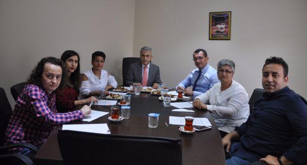 Aile Sağlığı Merkezlerin (ASM) de görev yapan Aile Hekimleri ve Aile Sağlığı Çalışanlarının sorunlarının tespiti ve çözümü için Aile Hekimliği Komisyonu Kuruldu.