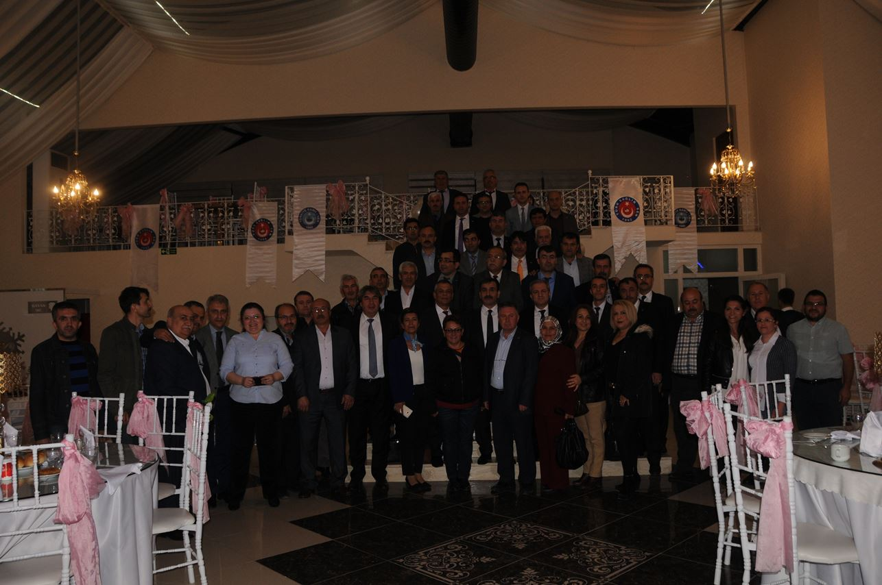 Genel Başkanımız Önder Kahveci, Genel Başkan Yardımcılarımız İsmail Türk ve Yusuf Alan ile birlikte sendikal çalışmalar kapsamında Bilecik'i ziyaret ettiler.