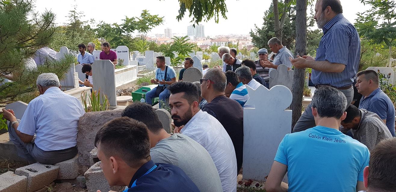 Aksaray Üniversitesi Eğitim ve Araştırma Hastanesi'nde görev yapan işyeri temsilcimiz Ercan Özmen'i ebediyete uğurladık.