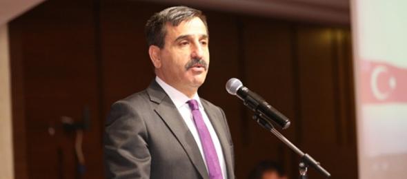 Türkiye Kamu-Sen Genel Başkanı Önder Kahveci, yapılacak ek gösterge düzenlemesinin bütün kamu görevlilerini kapsaması gerektiğinin altını bir kez daha çizdi.
