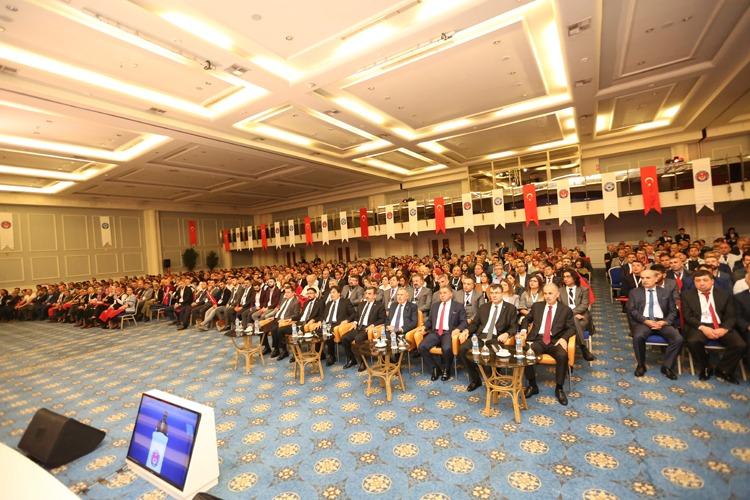 Teşkilat Buluşması eğitim ve istişare toplantımızın üçüncüsü 25 şubemizin katılımıyla başladı.