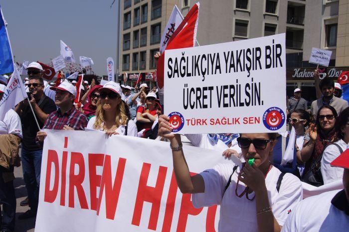 Türk Sağlık-Sen çalışanların hakları için mücadelesini kararlılıkla sürdürmeye devam ediyor.