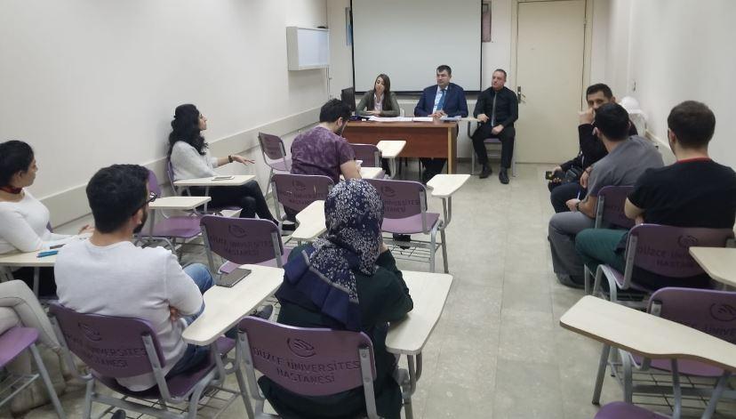 Genel Başkan Yardımcımız Mustafa Köse sendikal çalışmalar kapsamında Düzce'ye giderek Düzce Üniversitesi Tıp Fakültesinde görevli Asistanlarla bir toplantı gerçekleştirdi.