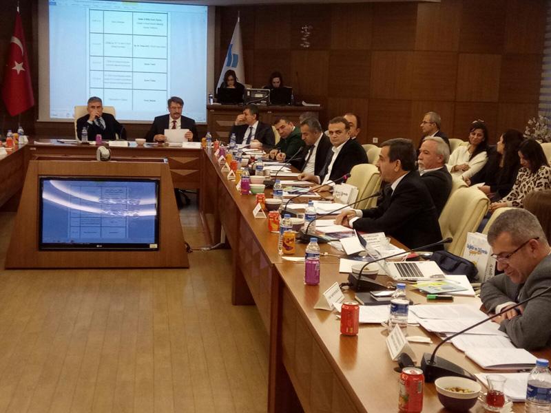 Çalışma ve Sosyal Güvenlik Bakanlığı'nda gerçekleştirilen Ulusal İş Sağlığı ve Güvenliği Konseyi toplantısına Türkiye Kamu-Sen adına Genel Başkanımız Önder Kahveci katıldı.