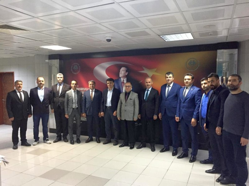 Genel Başkan Yardımcılarımız Ümit Turhan, Mustafa Köse ve Mustafa Yiğit sendikal çalışmalar kapsamında Bursa İlimizi ziyaret ettiler.