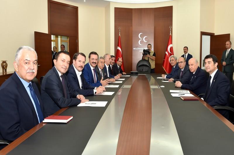 Aralarında konfederasyonumuz Türkiye Kamu-Sen'in de bulunduğu Türkiye-AB Karma İstişare Komitesi (KİK) Türkiye Kanadı üyeleri, MHP Genel Başkanı Devlet Bahçeli'ye ziyarette bulundu.