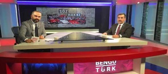 Türkiye Kamu-Sen Genel Başkanı Önder Kahveci, Bengü Türk TV'de her Salı yayınlanan, Gökhan Altunkaş'ın sunduğu Söz Hakkı programının canlı yayın konuğu oldu.