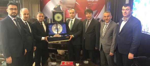 Genel Başkan Yardımcılarımız bugün MHP Ankara İl Başkanı Sayın Turgay Baştuğ'u ziyaret ettiler.