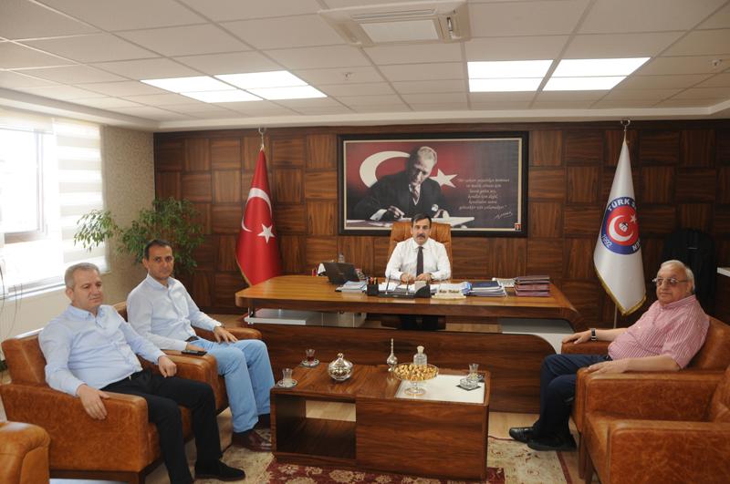 Azerbaycan Sıhhiye İşçileri Sendikası Genel Başkanı Emin Efendiyev Genel Başkanımız Önder Kahveci'yi ziyaret etti.