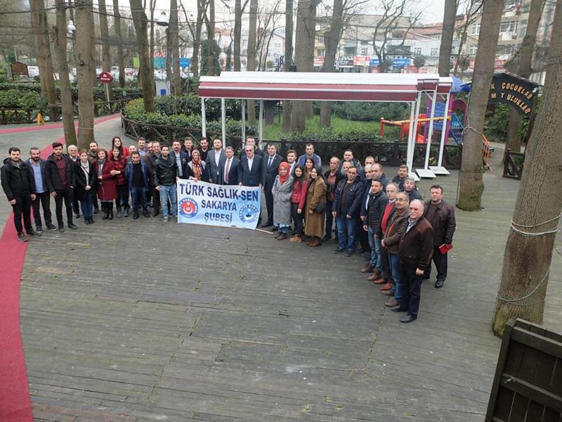 Genel Başkan Yardımcılarımız Ümit Turhan ve Mustafa Köse Sakarya Şubemiz tarafından gerçekleştirilen işyeri temsilcileri toplantısına katıldılar.