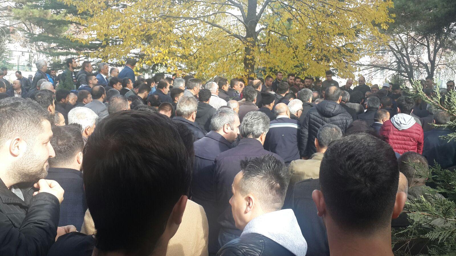 Beyin kanaması sonucu hayatını kaybeden Bolu İzzet Baysal Devlet Hastanesi  işyeri temsilcimiz Cezmi Oflaz'ı ebediyete uğurladık.