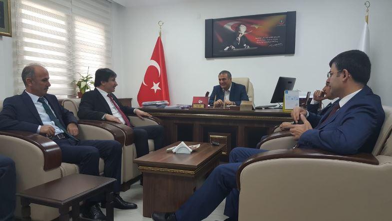 Genel Başkan Yardımcılarımız İsmail Türk, Mustafa Köse ve Mustafa Yiğit sendikal çalışmalar kapsamında Çanakkale'yi ziyaret ettiler.