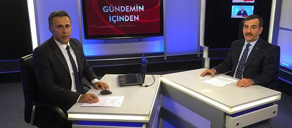 """Genel Başkan Önder Kahveci Kanal B'de canlı yayınlanan """"Gündemin İçinden"""" Programına konuk olarak katılarak, çalışma hayatını ve gündemi yakından ilgilendiren konulara ilişkin açıklamalarda bulundu."""
