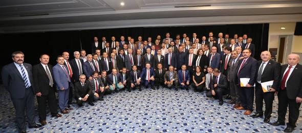 """""""Haklı Dava Güçlü Sendika"""" temasıyla Antalya'da gerçekleştirilen Türkiye Kamu-Sen Başkanlar Kurulu Toplantısında, Sendikamız tarafından Şube Başkanları ve İl temsilcileri toplantımız gerçekleştirildi."""