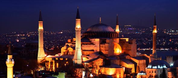 Türk ve İslam Aleminin mübarek Kadir Gecesini ve Cuma gününü tebrik ediyor, bin aydan daha hayırlı olan Kadir Gecesi'nin tüm insanlık için hayırlara vesile olmasını yüce Allah'tan niyaz ediyorum.