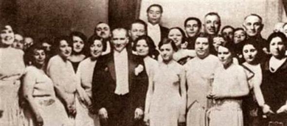 Türkiye Kamu-Sen Genel Başkanı Önder Kahveci, kadınlara seçme ve seçilme hakkının verilişinin 84. yıldönümünde bir mesaj yayınlayarak, Türk kadınını kutladı.