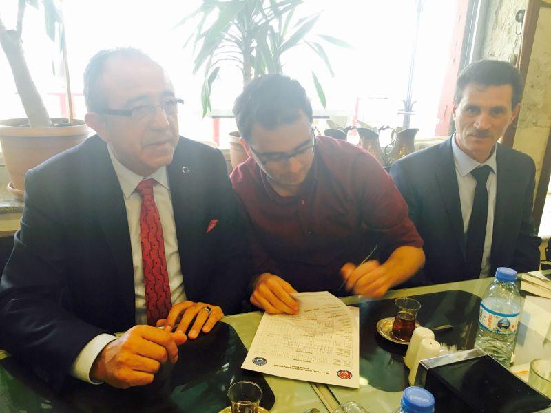 Genel Başkan Yardımcılarımız Mustafa Genç ve İsmail Türk sendikal çalışmalar kapsamında Gümüşhane, Bayburt ve Trabzon'u ziyaret ettiler. İllerde teşkilatlarımız, üyelerimiz ve çalışanlarla bir araya geldiler.
