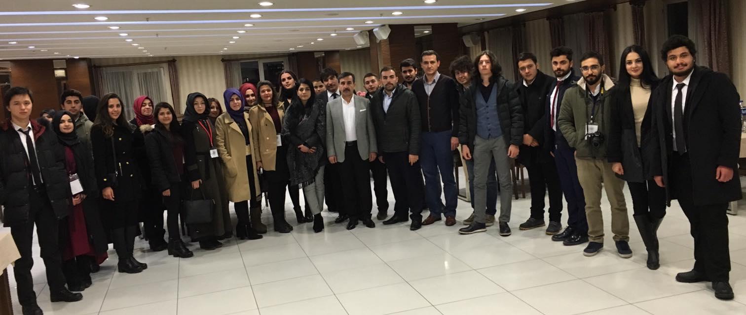 Selçuk Üniversitesi Uluslararası İlişkiler ve Savunma ve Havacılık Bölümü ULAK Grubu Öğrencilerini Türkiye Kamu-Sen'de ağırladık.