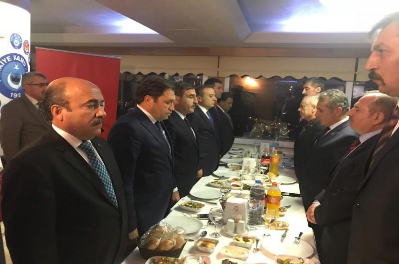 Türkiye Kamu-Sen Genel Başkanı Önder Kahveci ve sendikalarımızın Genel Başkanları Amasya Bölge İstişare Toplantısında yöneticilerimiz ve üyelerimizle bir araya geldi.
