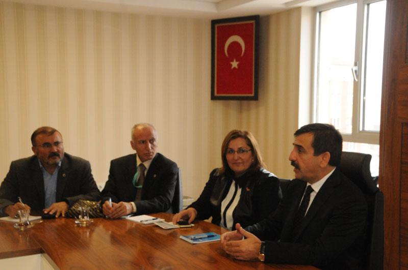 Genel Başkanımız Önder Kahveci, Türk Sağlık-Sen Bakanlık şubesinin gerçekleştirdiği işyeri temsilcileri toplantısına katıldı.