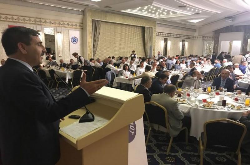 Türkiye Kamu-Sen Genel Başkanı Önder Kahveci, bağlı sendikalarımızın Genel Başkanları ve Genel Merkez Yöneticilerimiz teşkilat buluşmalarımız çerçevesinde Bursa ve İstanbul'daki Türkiye Kamu-Sen mensupları ile bir araya geldiler.