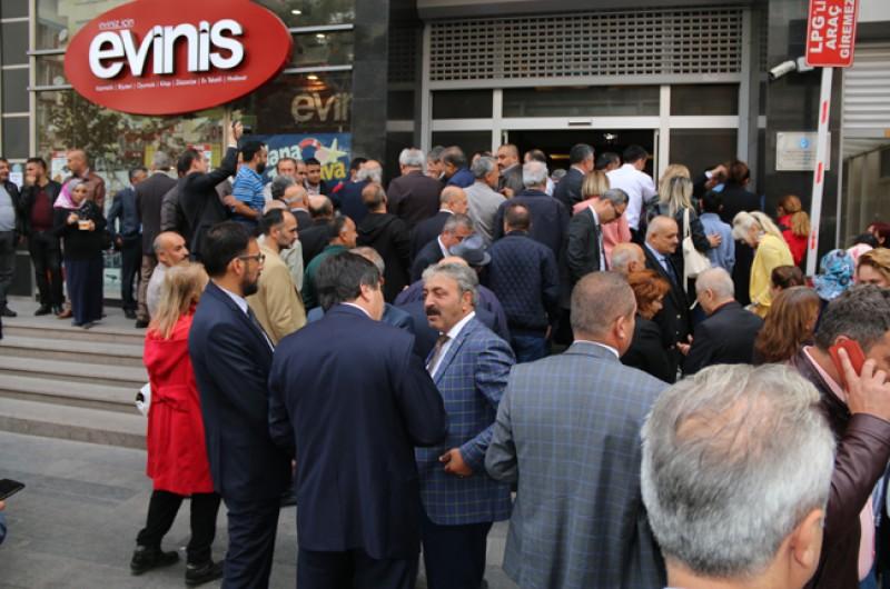 Muharrem ayının en güzel geleneklerinden Aşure günü Türkiye Kamu-Sen Kadın Komisyonlarımızın öncülüğünde Genel Merkezimizde yapılan etkinlikle kutlandı.