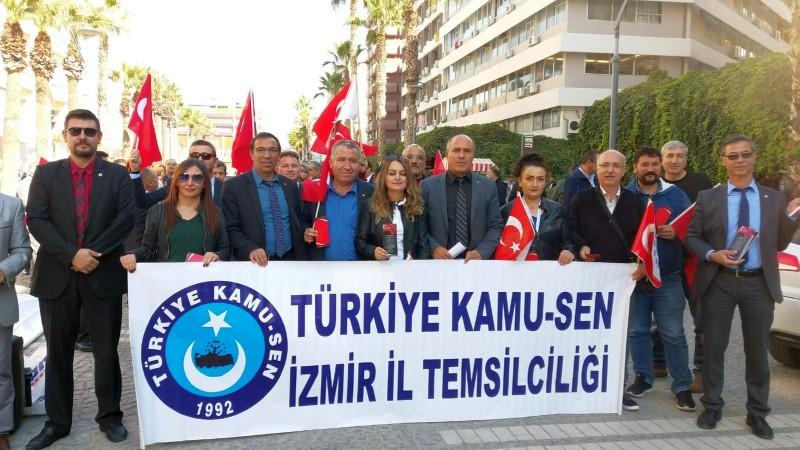 Türkiye Kamu-Sen'in aldığı kararla bugün Türkiye'de tüm şubelerimiz Türkiye Kamu-Sen'e bağlı sendikalarla alanlara çıkarak Andımızı okudular.