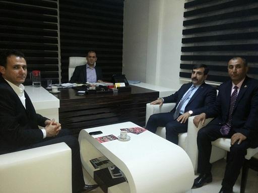 Genel Başkanımız Önder Kahveci ve Genel Başkan Yardımcımız Abdurrahman Uysal sendikal çalışmalar kapsamında Hatay'ı ziyaret ettiler. Genel Başkanımız Hatay'da ilk olarak Akdeniz TV'de Canlı Yayına katıldılar.