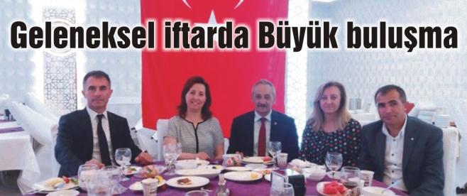 Türkiye Kamu-Sen Ailesi İftarda Biraraya Geldi