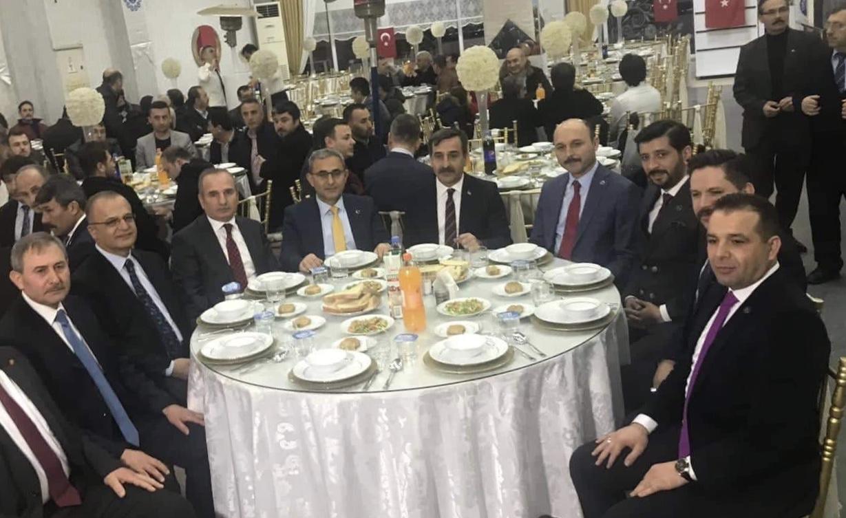 Türkiye Kamu-Sen Genel Başkan Önder Kahveci, Konfederasyonumuza bağlı sendikalarımızın Genel Başkanları ve Genel Merkez Yönetim Kurulu üyeleri Kütahya'da gerçekleştirilen istişare toplantısına katıldı.