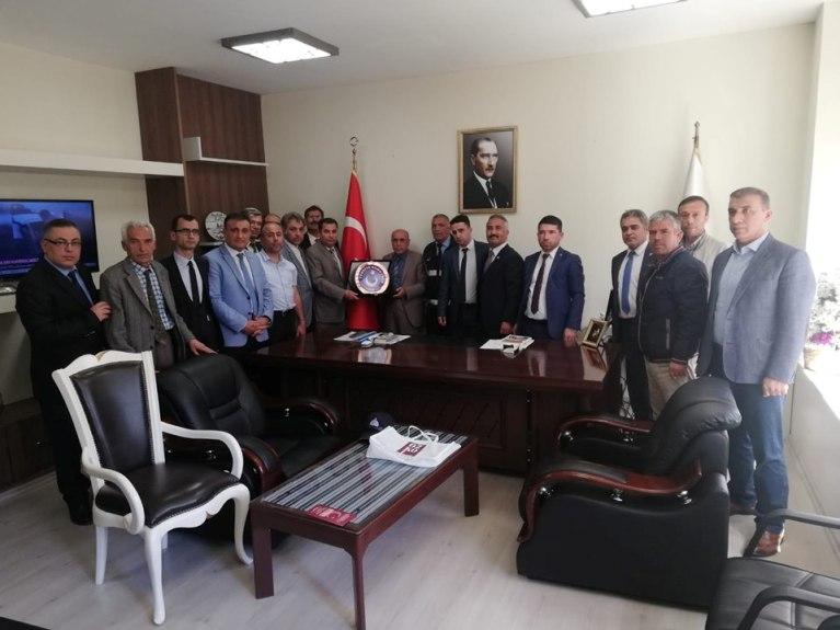 Türkiye Kamu-Sen Gaziantep İl Temsilciliği olarak; Gaziantep Büyükşehir Belediye Başkan Yardımcılığı görevine yeni başlayan Dr. Mehmet BERK'i ziyaret ettik.
