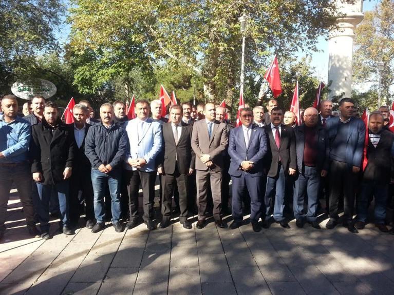 Türkiye Kamu-Sen Gaziantep İl Temsilciliği olarak; Andımızın okullarda yeniden okutulması için kitlesel basın açıklaması yaptık.