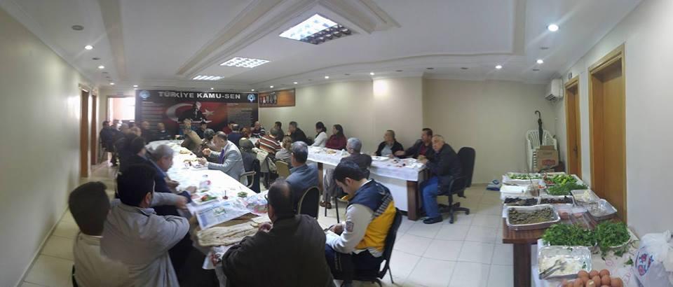 İşyeri Temsilcilerimizle Sendikamıda Kahvaltılı İstişare toplantısı yaptık