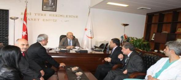 Türk Sağlık Sen Genel Başkan Yardımcıları ile birlikte  Hastaneleri ziyaret ettik