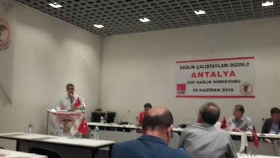 TTB ve CHP tarafından organize edilen Akdeniz bölgesinde bulunan Tabip Odalarının ve Sivil Toplum Örgütlerinin katılımı ile düzenlenen Sağlık Çalıştayında sendikamızı temsilen Şube Başkanımız Dr. Ali İhsan YILMAZ ve Şube Başkan Yardımcımız Türkan ŞANLI katılmışlardır.