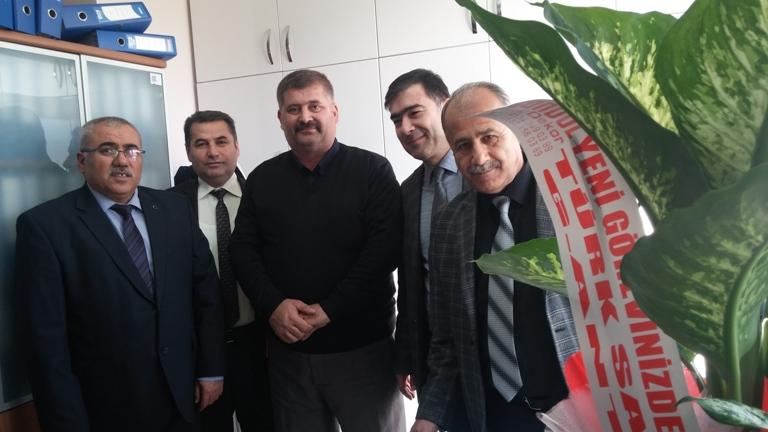 Türk Sağlık-Sen Gaziantep Şubesi olarak;  Şube Başkanı Kemal KAZAK, Başkan Yardımcıları Gazi SÖKMEN, Mehmet Zabit YILDIRIM ve Uğur ALTAY'dan oluşan heyetle Şehit Kamil Devlet Hastanesi'ni ziyaret ettik.