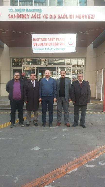 """Türk Sağlık-Sen Gaziantep Şube olarak 6 Aralık """"Diş Teknisyenleri Günü"""" nedeniyle, Şahinbey Ağız ve Diş Sağlığı Merkezinde çalışan Diş Teknisyenleri ile bir araya geldik."""