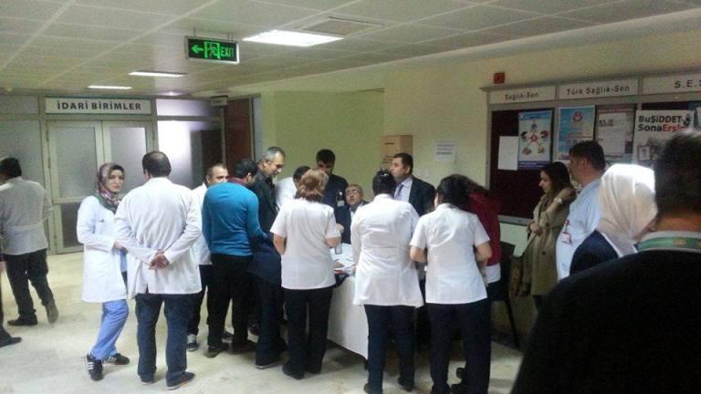 Genel Merkezimiz tarafından döner sermayelerin iyileştirilmesi için, ülke genelinde başlatmış olduğu imza kampanyasına Gaziantep Şubesi olarak Şehitkâmil Devlet Hastanesinde başladik.