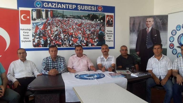 Türkiye Kamu-Sen Gaziantep İl Temsilciliği olarak; memur maaş zammı ile ilgili basın açıklaması yaptık.