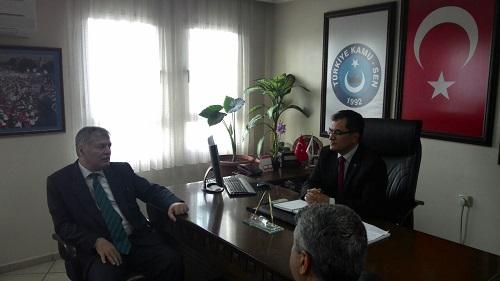 İzmir Halk Sağlığı Müdürü Mehmet Nil HIDIR'dan Sendikamıza ziyaret.