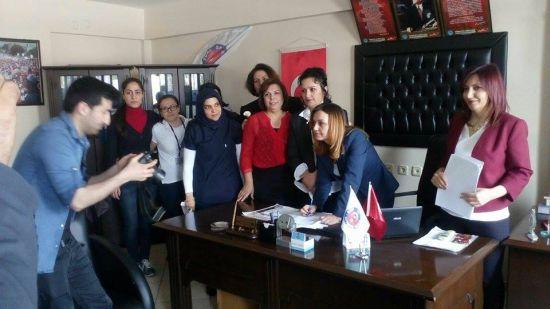 Anadolu'nun Her Yanı Ağlayan Ana Doluyken Dünya Kadınlar Gününü Kutlayamıyoruz