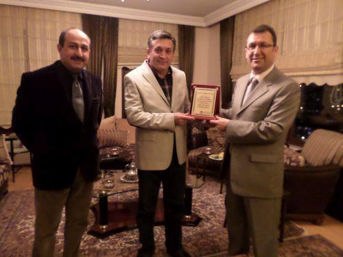 Aile Hekimi Dr. İbrahim Savur'a Plaket