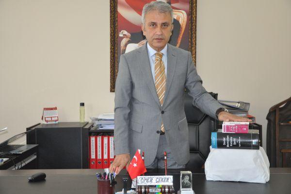 Türk Sağlık Sen Kocaeli Şube Başkanı Ömer Çeker 6. Olağan Genel Kurulundan sonra yeni dönemde yapacakları çalışmalar ve izleyecekleri yol hakkında şubede basın açıklaması yaptı.